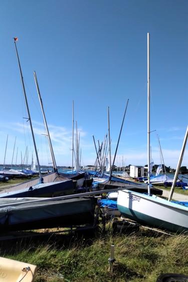 Mast Row